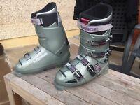 Ski Boots, Lange XR 7.5 Size 10, £10.