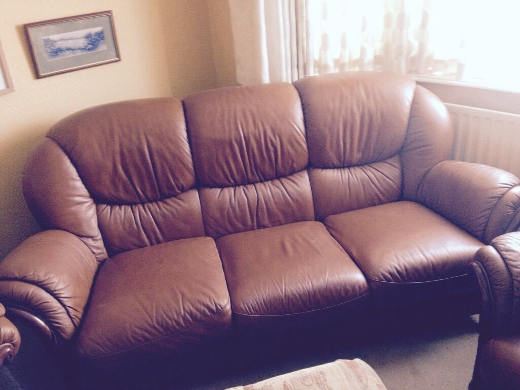 Sofa and two armchairs in Fair Oak Hampshire Gumtree : 86 from www.gumtree.com size 1024 x 768 jpeg 93kB