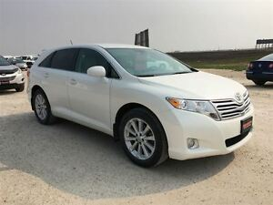 2011 Toyota Venza AWD Package ***2 Year Warranty Available
