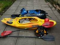 Pyranha kayak plus complete equipment