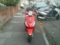 HI NICE BIKE FOR SALE.SYM FIDDLE 2 125.PERFECT CONDITION. LOW MILEAGE.QUICK SALE. 850. ONO.