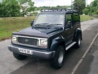2000 Daihatsu Fourtrak 2.8 Independent TDX, with roof rack, deep pan alloys and BF Goodrich tyres