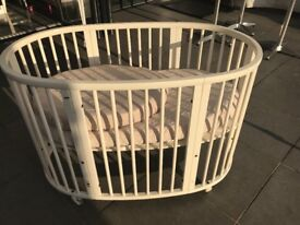 Stokke crib and toddler cot bed