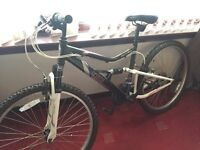 Excellent condition ladies/women's bike apollo spiral black,pink and white. Halfords