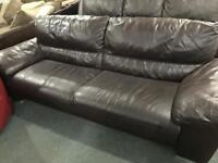 🎅 brown leather 3 seater sofa