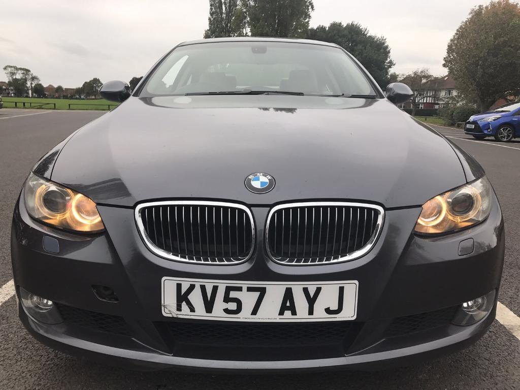 BMW 325i Coupe SAT-NAV, automatic