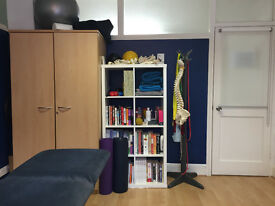Treatment room/ Therapy rooms to rent in a Health & Wellbeing Clinic in North Finchley, London