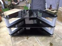 TV stand in glass and white metal