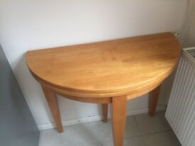 Solid wood table and 4 chairs very good condition hardly used