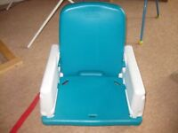 DINING TABLE BOOSTER SEAT by EARLY YEARS easy 2 wash & take apart / adjustable / REDUCED to £2.50