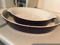 Oval oven dishes x 2