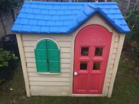 LITTLE TIKES COTTAGE PLAYHOUSE