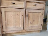 Used hand crafted Kitchen with integrated appliances