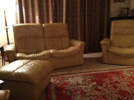 Stressless Rio 2 2 seater sofas 2 chairs & footstool
