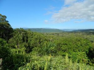 Million Dollar Views  and  (free power) Daintree Cairns Surrounds Preview