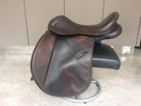 "17.5"" Adjustable Dark Brown Leather Saddle Company Verona Working Hunter GP Saddle - Medium width"