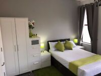 Amazing XL double room with en-suite and kitchentte
