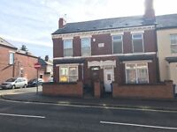 Extensive 3 / 4 bedroom terraced house with period features available in Derby. Must View!