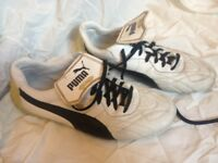 Puma King, size 8, White leather football / Astro turf trainers, no Studs.