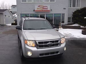 2009 Ford Escape well-equipped XLT