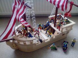 Elc wooden ship,pirates and mat