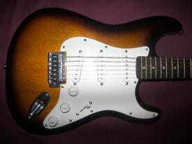 Fender Squier Stratocaster Electric Guitar SSS / Sunburst.