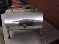 2 X BRAND NEW PICNIC BARBEQUES £10.00 EACH