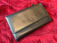 <<<<<< REAL LEATHER ITALIAN MAKE WALLET **** MY WALIT BRAND ****LIKE BRAND NEW CONDITION >>>>>