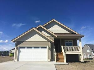 BRAND NEW 3 BED 2 BATHROOM IN GARRISON LANDING