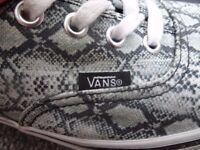 Unisex Vans® Patterned shoes ~ WILL ACCEPT REASONABLE OFFERS