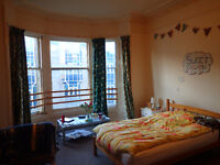 Lovely spacious double room available at Haymarket,very close to the station.