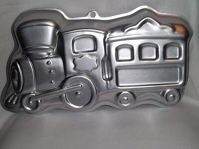 1990 WILTON Little TRAIN CAKE PAN Engine Locomotive 2105-6500 Birthday Aluminum - Train Cake Pan