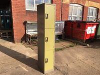 TRIPPLE DOOR PERSONAL LOCKER OLIVE GREEN / BEIGE
