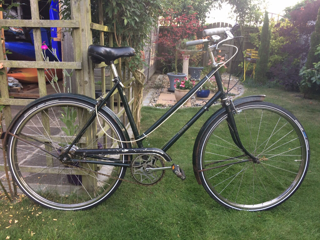 Vintage Raleigh Women's Town Bike - Fully Serviced