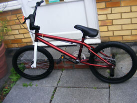 "BLANK 20"" WHEEL BMX BIKE WITH FITTED STUNT PEGS AGE 8+"