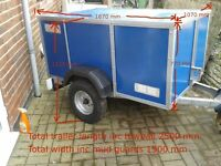 Camping Trailer - 5 Man Deluxe Outwell Family Tent with Large Extension and Camping Equipment