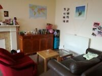 Cozy and Luminous Room In Tollcross