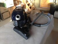 Bosch bagless vacuum cleaner ( Hardly used )