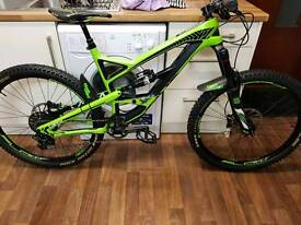YT Capra Carbon Comp/Enduro/trail Bike