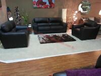 Beautiful 3 piece leather suite in excellent condition