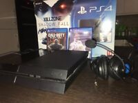 Playstation 4 Console + 2 Games, Controller & Headset