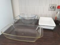 Set of roasting/baking dishes