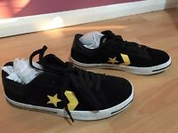 Brand New AUTHENTIC GENUINE CONVERSE Voliant Ox Shoes skate shoes Mint condition SIZE UK 10