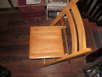 Folding chairs, 8 in total