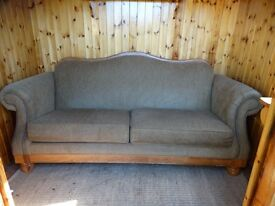 """Broyhill Sofa made in the US; 88""""W, 38.5""""H, 37""""D; Excellent condition"""