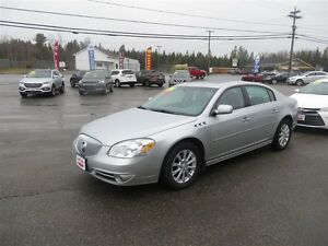 2011 Buick Lucerne CXL LEATHER, SUNROOF!