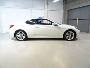 2011 Hyundai Genesis Coupe 3.8L GT 6sp West Island Greater Montréal image 7
