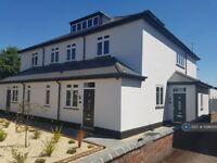 1 bedroom flat in Stourport Road, Kidderminster, DY11 (1 bed) (#1096000)