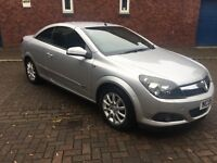 Vauxhall Astra 1.8i Sport Convertible in Silver 2006