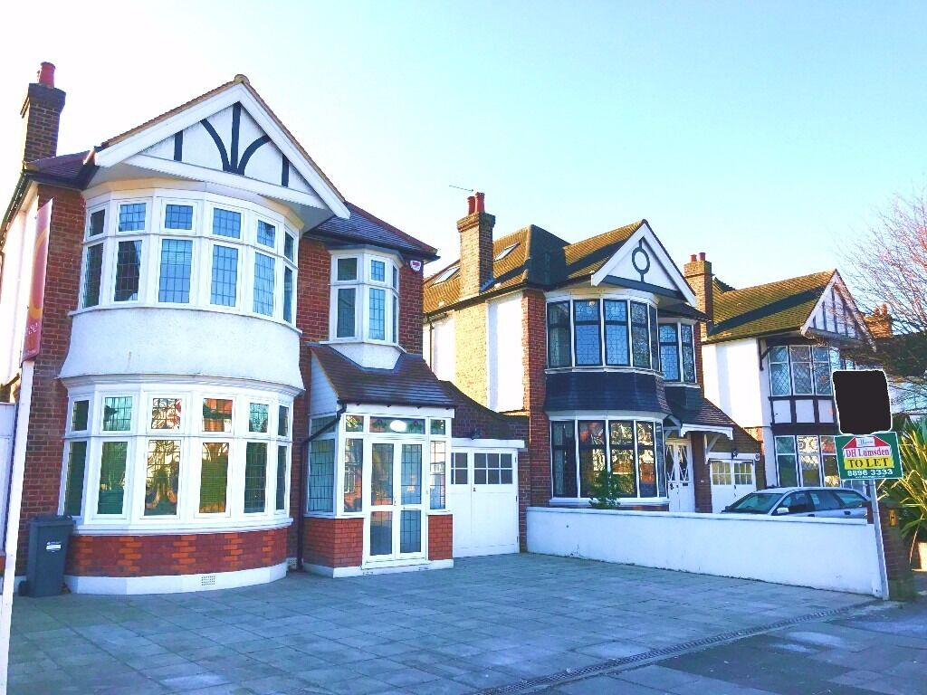 Four Double Bedroom Detached House - Popes Lane, Ealing, W5 4NH